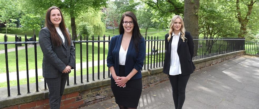 HD - Jessica Woodman Janka Ballo and Paulina Grysakowska
